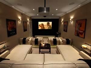 Media Home Cinema : media room seating on pinterest ~ Markanthonyermac.com Haus und Dekorationen