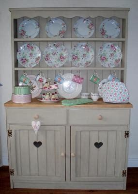 country kitchen dressers 25 best ideas about shabby chic dressers on 2791
