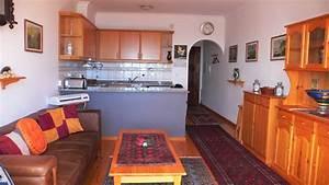 Wohnzimmer Mit Offener Küche : vila florina ausstattung ~ Watch28wear.com Haus und Dekorationen