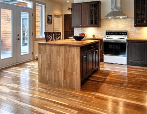 cuisine plancher bois poser un plancher sain écologique et de provenace locale
