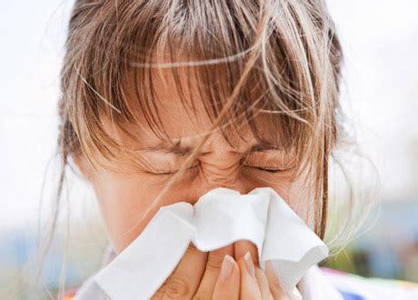 Pollenallergi svullen hals