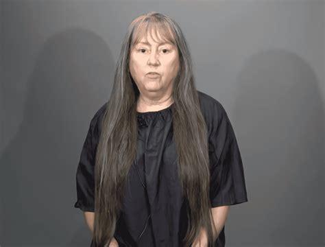 Recherchez parmi des femme 65 ans photos et des images libres de droits sur istock. Cette femme de 65 ans méconnaissable après avoir coupé ses cheveux