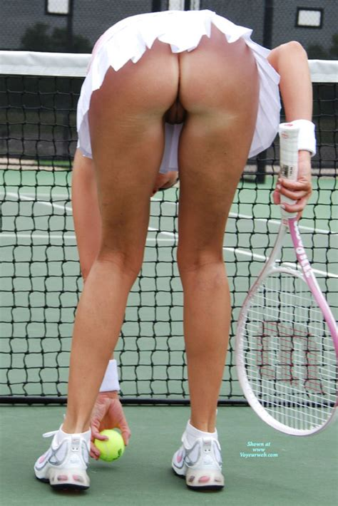 Pantieless Tennis Pussy Upskirt November 2010 Voyeur