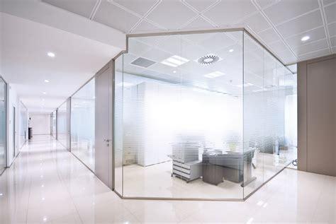 pareti divisorie in vetro per uffici pareti in vetro ry41 187 regardsdefemmes