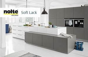 Moderne Küchen Bilder : trendbewusst moderne k chen m bel h ffner ~ Sanjose-hotels-ca.com Haus und Dekorationen