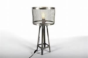 Lampe à Poser Industriel : lampe poser eiffel au style industriel avec abat jour en ~ Teatrodelosmanantiales.com Idées de Décoration