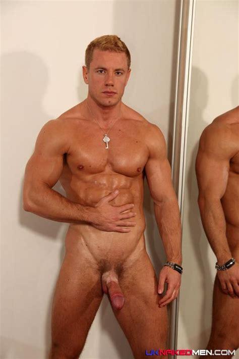 Steven S Uk Naked Men Bananaguide