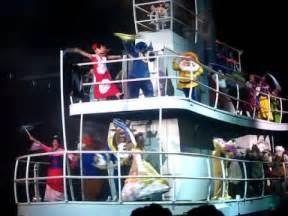 Show Boat Characters by Character Boat Fantasmic