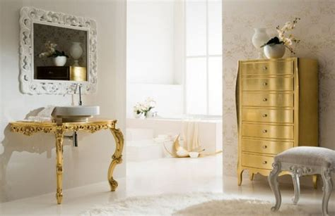 2015 Trend In Interior White And Gold Colors
