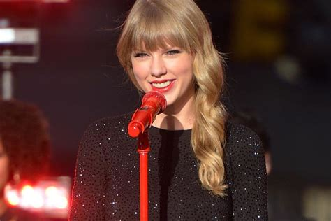 Taylor Swift's 'Red' Debuts at No. 1, Has Biggest First ...