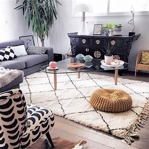 artisanat marocain de marrakech un tapis beni ouarain With tapis berbere avec canape avec accoudoir