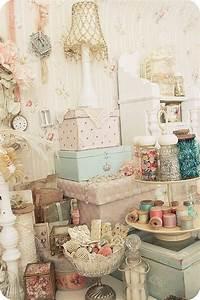 Shabby Chic Stühle : 1000 ideas about romantic shabby chic on pinterest shabby chic homes romantic homes and ~ Orissabook.com Haus und Dekorationen