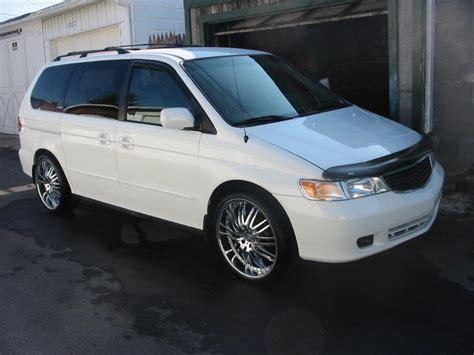 Indio1017 2000 Honda Odysseylx Minivan 4d Specs, Photos