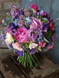 Pink and Purple Wedding Flower Arrangements