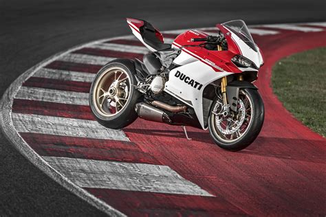 Ducati 4k Wallpapers by Ducati 1299 Panigale S 2016 Hd Bikes 4k Wallpapers