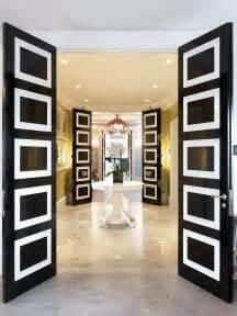 interior design kã ln black and white doors cozy spaces