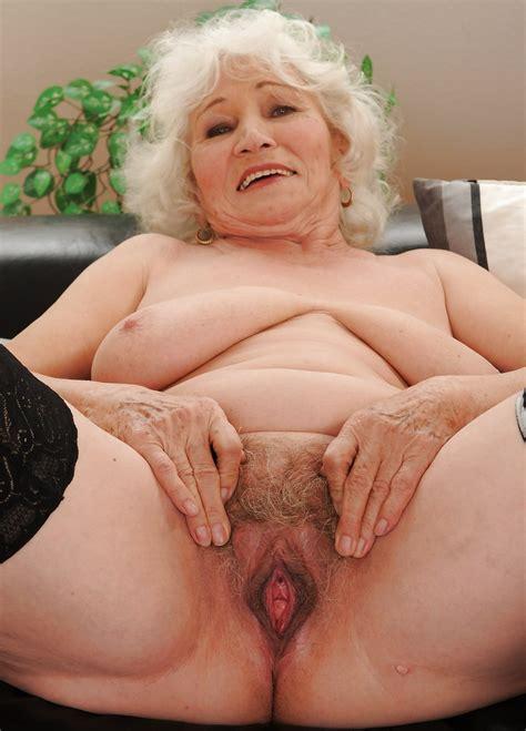 I Love Granny Pussy 36 Pics
