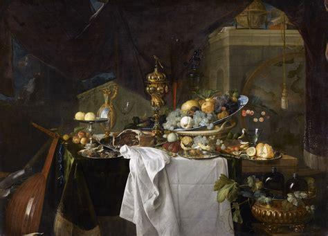 fruits et riche vaisselle sur une table panorama de l