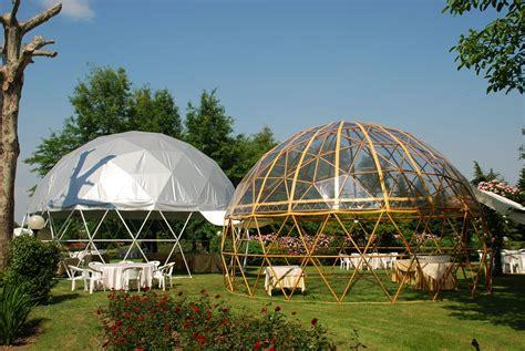 casa cupola geodetica cupola geodetica in acciaio stato simil wood e cupola