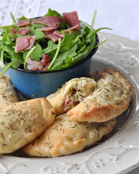 recettes de cuisine simple pour tous les jours mini calzone chevre coppa roquette qu 39 est ce qu 39 on mange