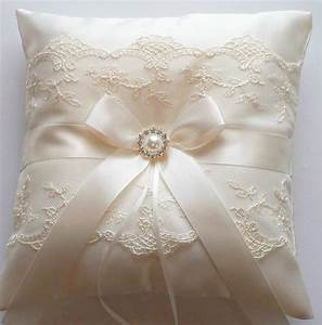 Ringbearer pillow wedding cushion wedding ring pillow with for Ring pillows wedding