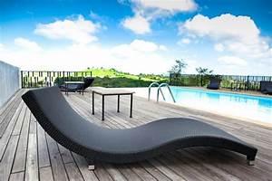 Chaise Longue Piscine : piscine et jardin une s lection de piscines extraordinaires ~ Preciouscoupons.com Idées de Décoration
