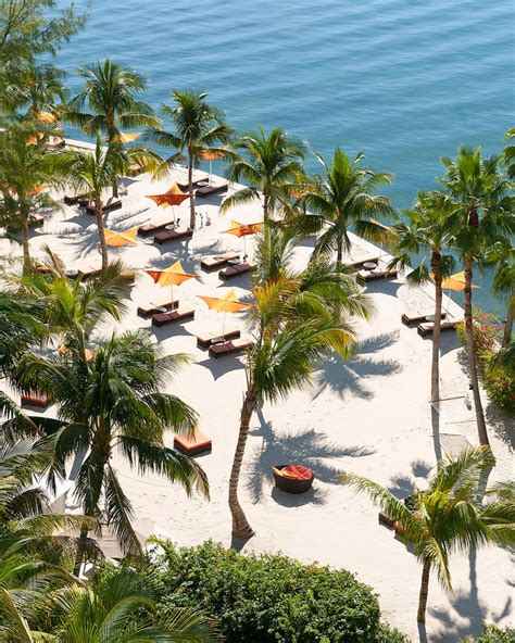 Many travelers enjoy visiting freedom tower at miami dade college (1.1 miles), barnacle state historic site (4.5 miles), and the fillmore miami beach at the jackie gleason. Mandarin Oriental, Miami, Miami, Florida, United States ...
