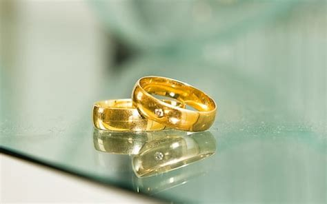 day  dont wear  wedding ring