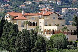 Villa Les Cèdres : the world s most expensive villa grand marnier heiress sells french chateau once owned by king ~ Dallasstarsshop.com Idées de Décoration