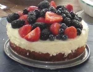 Torte Mit Früchten : joghurt obers torte mit fr chten rezept ~ Lizthompson.info Haus und Dekorationen