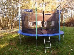 trampolin im garten ferienwohnung in meyenburg prignitz With französischer balkon mit test trampolin garten