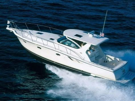 Where Are Tiara Boats Built by 2007 Tiara 3800 Hardtop Power Boat For Sale Www