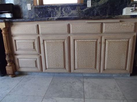 crackle paint kitchen cabinets crackle finish on kitchen cabinets antique paint design 6248