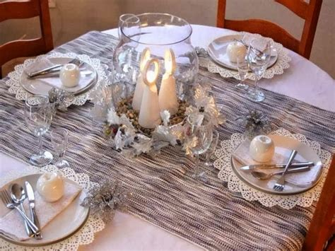 dinner table centerpiece ideas 28 christmas dinner table decorations and easy diy ideas