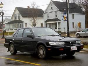 1990 Nissan Stanza Xe