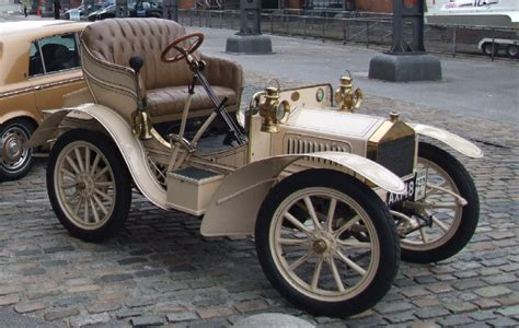 When Was Rolls Royce Founded by 2012 June Phantom Finder