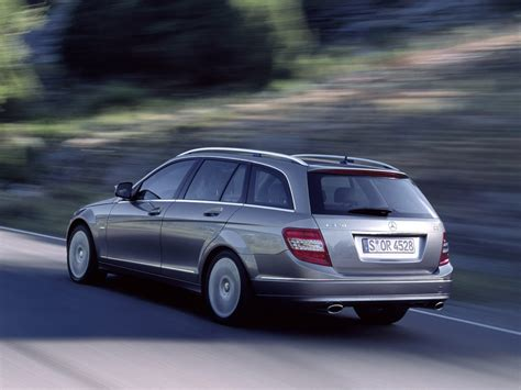 Review Mercedes C Class Estate by Mercedes C Class Estate
