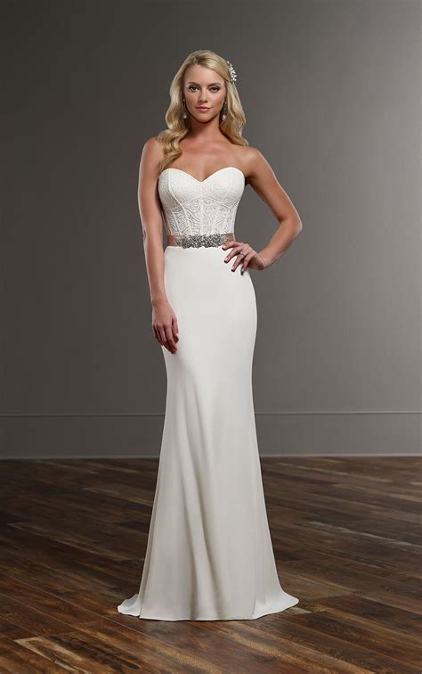 modern curve hugging wedding separates martina liana
