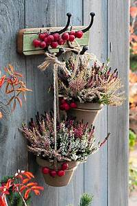 autumn decoration outdoor herbst deko mit heide fur With katzennetz balkon mit garden pavillon