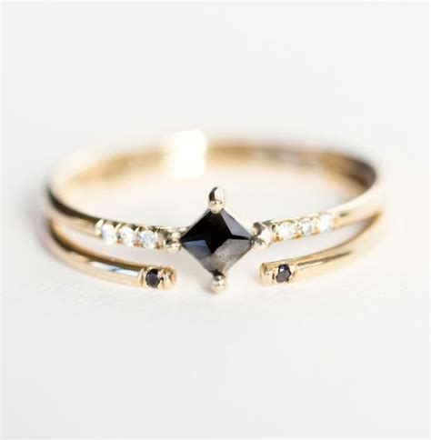 10 pretty alternative engagement rings muscat bridal