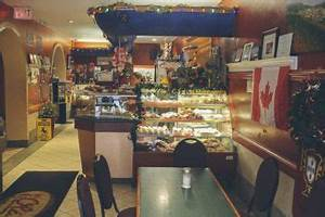 A proud Hamiltonian shows us 10 places to eat like a local ...