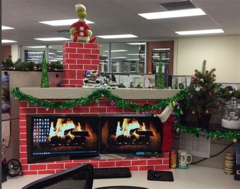 decorate your desk for christmas 9 cubicle dwellers with serious christmas spirit mnn