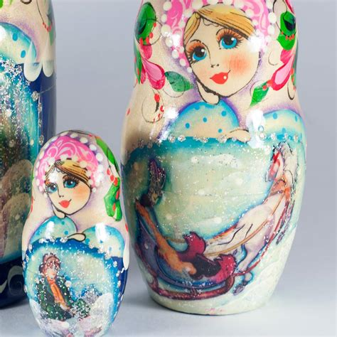 Listen, i'm not russian doll's music supervisor but the selection seems pretty straightforward, if a bit subtle. Tale the Snow Queen Nesting Doll - Russian Stacking Doll - Matryoshka Dolls