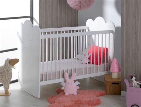 chambre bébé destockage chambre bébé lit barreaux éa blanc chambrekids