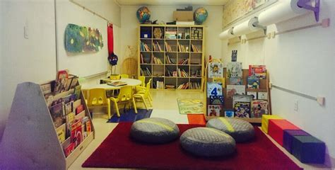 books library at school day care center 865 | 1434497852933