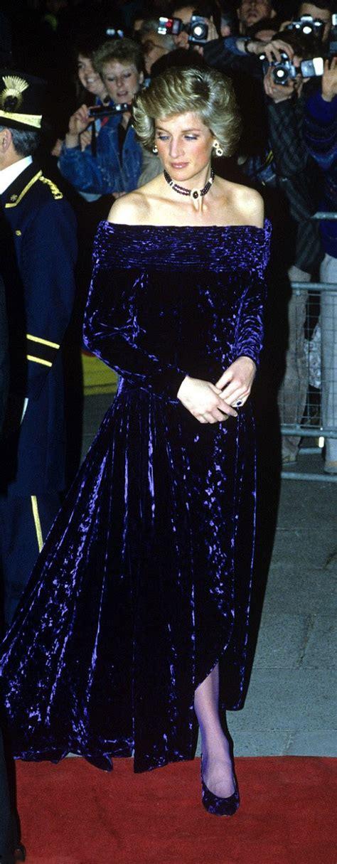 royal family   world princess dianas wardrobe