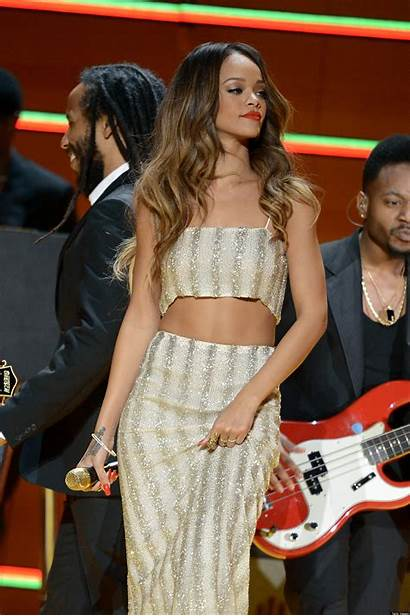 Rihanna Crop Tops Sequin Performance Grammys Summer