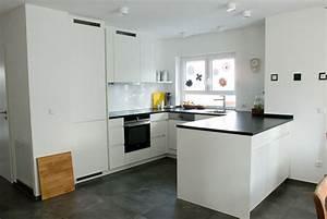 Grifflose kuche mit kuckenblock for Grifflose küche