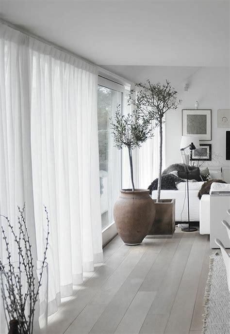 modele rideaux chambre a coucher 7 un joli salon avec rideau voilage blanc pour les fenetres