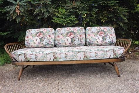 Second Bed Settees by Ercol Retro Vintage Sofa Daybed Studio Settee In